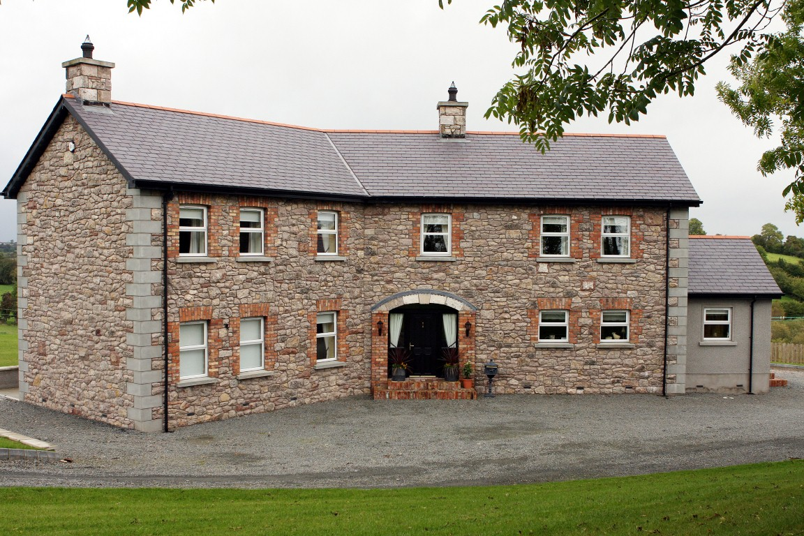 Dwelling houses traditional stone mdk construction ltd for Conventional homes